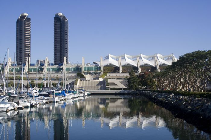 San_Diego_Convention_Center_hjks